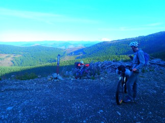 The morning started with a climb, which was a nice way to warm up despite more cold weather.
